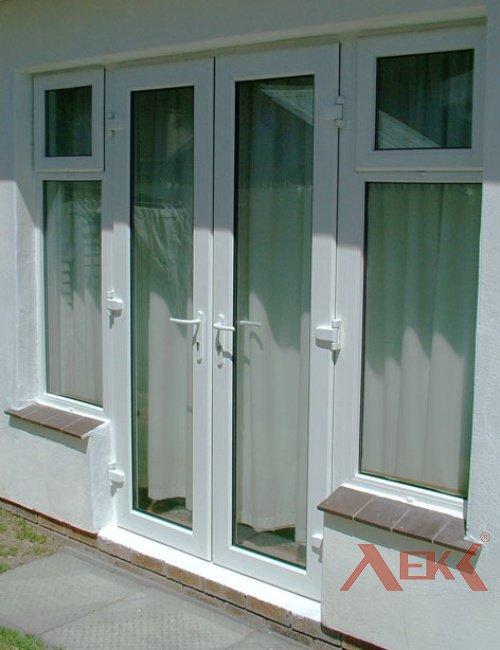 Изготовление и монтаж дверей из профиля пвх rehau (германия).